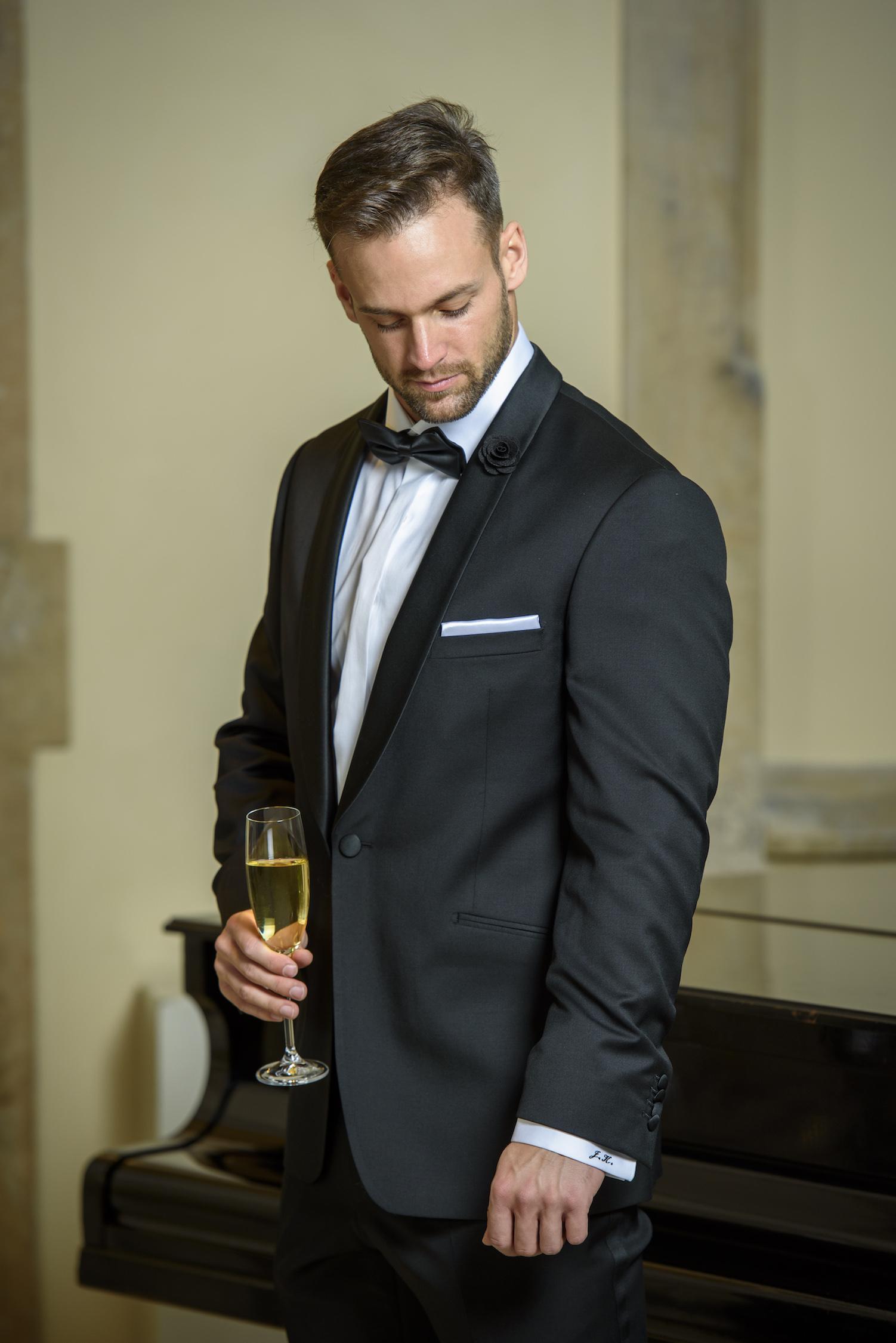 Svatebni Special 2 Obleknete Formalni Svatbu V Kostele Obleky